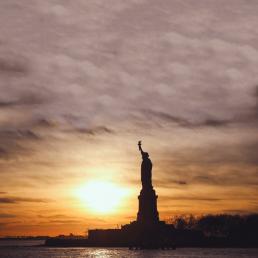 Liberty Island mit Freiheitsstatue lässiges Profilbild für WhatsApp